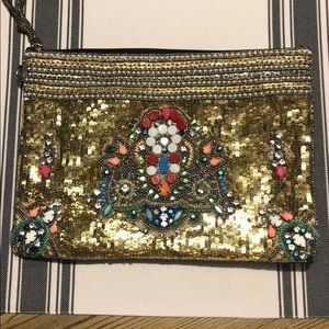 Adorable clutch great size in great condition❤️